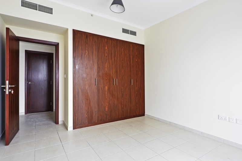 1 Bedroom Apartment For Sale in  The Residences 1,  Downtown Dubai   4