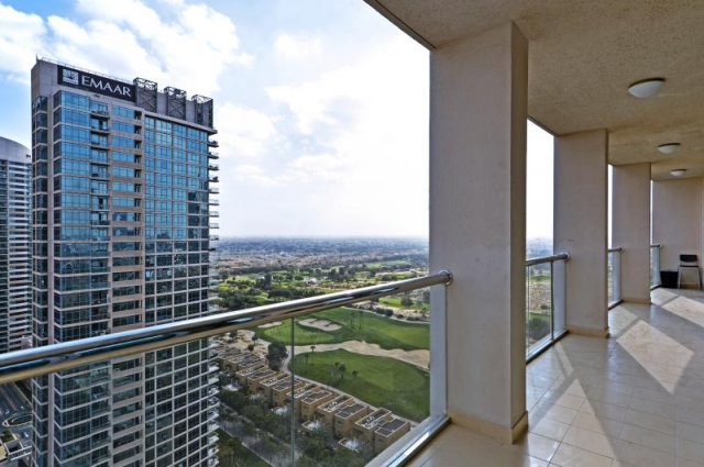 Golf Tower 1, The Views