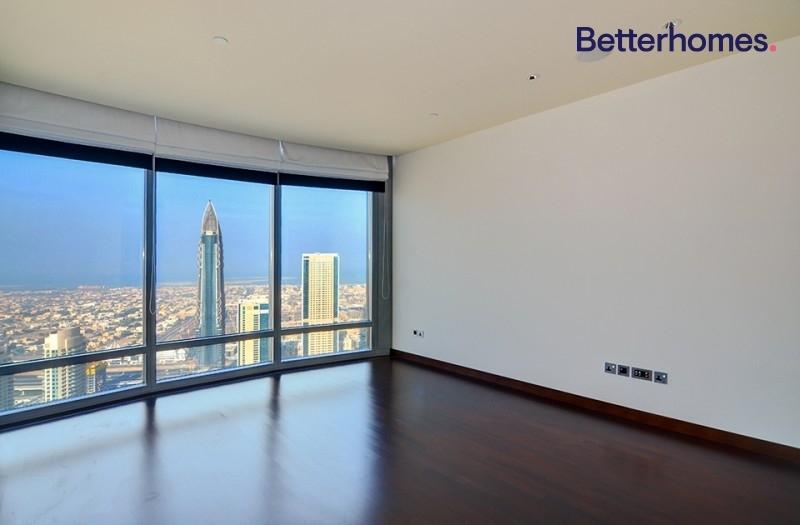 Studio Apartment For Sale in  Burj Khalifa,  Downtown Dubai | 0