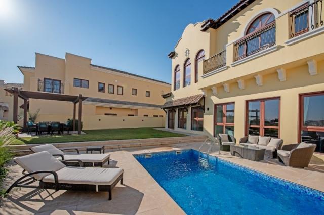 Orange Lake, Jumeirah Golf Estates