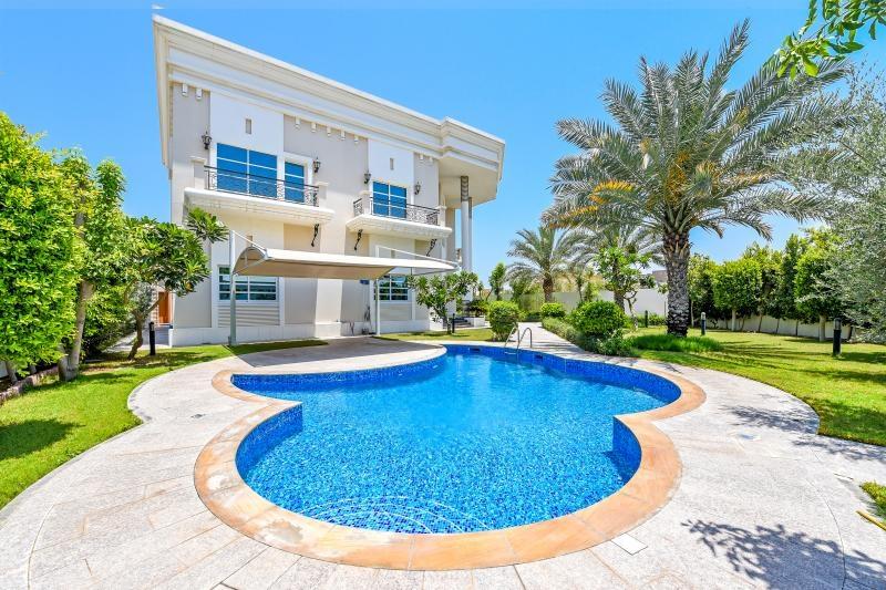 6 Bedroom Villa For Sale in  Al Barsha 3,  Al Barsha | 16