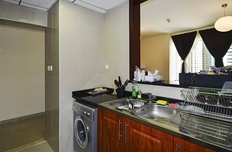 Studio Apartment For Sale in  Icon Tower 2,  Jumeirah Lake Towers | 4