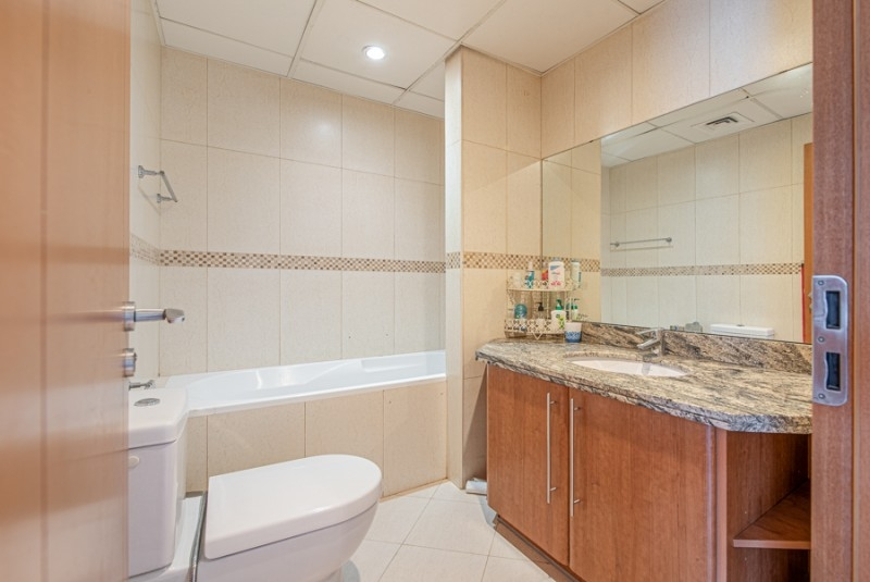 2 Bedroom Apartment For Sale in  Saba Tower 2,  Jumeirah Lake Towers   4