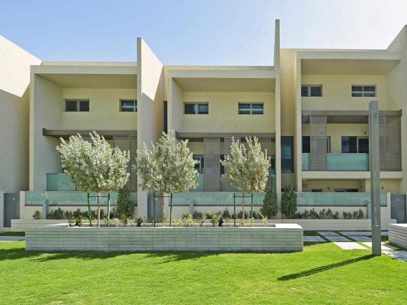 4 Bedroom Townhouse For Sale in  Al Muneera Townhouses Island,  Al Raha Beach   3