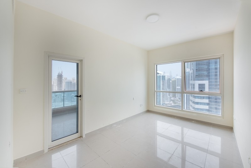 3 Bedroom Apartment For Sale in  Lakepoint,  Jumeirah Lake Towers | 4