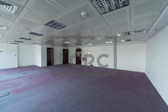 semi-furnished office for sale in jumeirah lake towers, indigo icon | 5