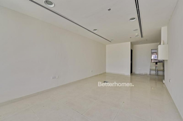 retail for sale in business bay, the binary tower | 1