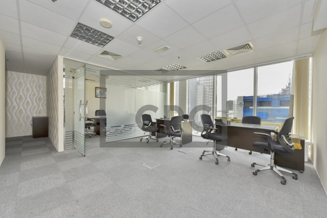 1,086 sq.ft. Office in Business Bay, Crystal Tower for AED 970,000