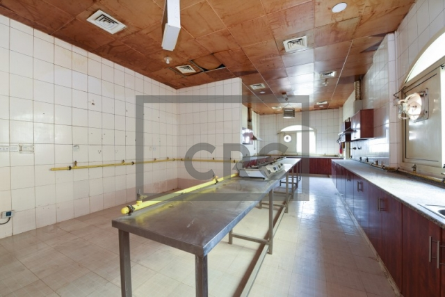 partitioned and semi-furnished labour camp for sale in muhaisnah, muhaisnah 2 | 3