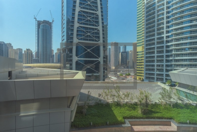 office for sale in jumeirah lake towers, almas tower   13