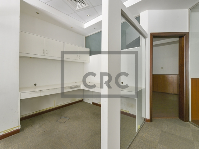 retail for sale in dubai marina, the point | 9