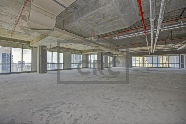 4,313 sq.ft. Office in Dubai Marina, Marina Plaza for AED 5,606,000