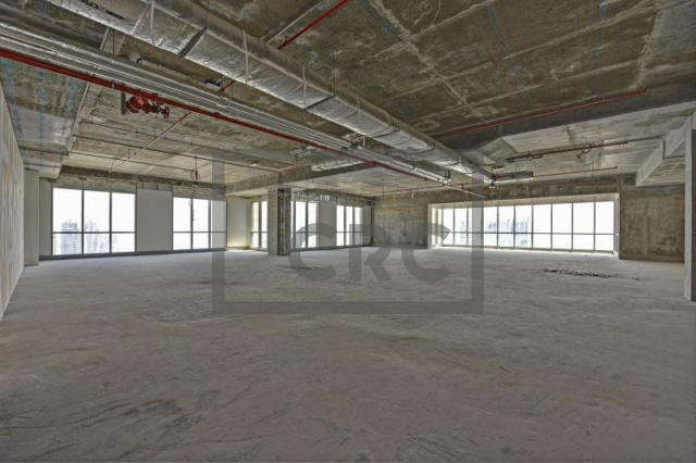 3,724 sq.ft. Office in Dubai Marina, Marina Plaza for AED 4,841,000
