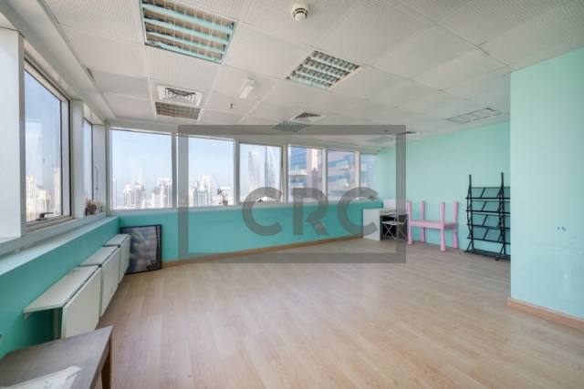 1,675 sq.ft. Office in Jumeirah Lake Towers, One Lake Plaza for AED 1,172,500
