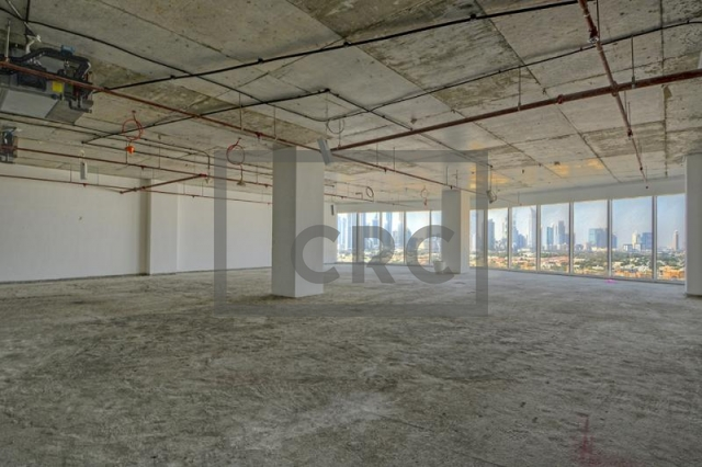 2,627 sq.ft. Office in Business Bay, Crystal Tower for AED 1,969,500