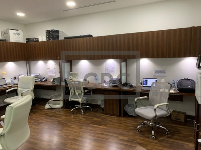 1,573 sq.ft. Office in Business Bay, Bay Square Building 6 for AED 1,740,000