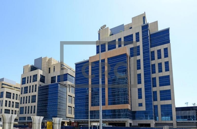 office for sale in business bay, bay square building 6 | 8
