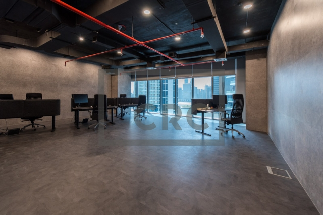 887 sq.ft. Office in Business Bay, The Metropolis for AED 800,000