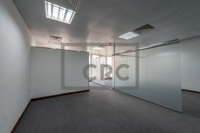 office for sale in jumeirah lake towers, goldcrest executive | 3