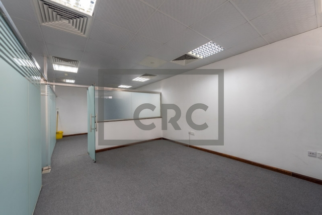 office for sale in jumeirah lake towers, goldcrest executive | 4