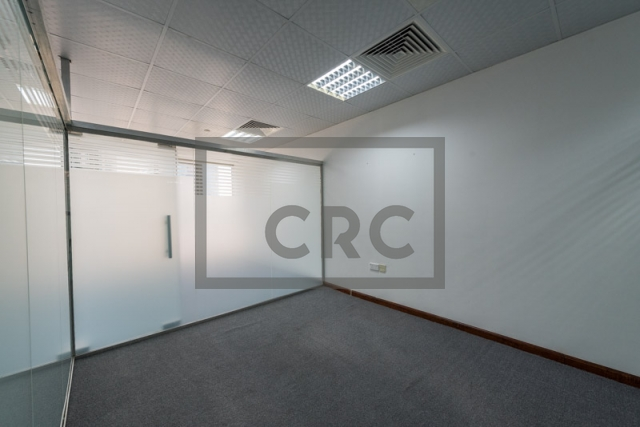 office for sale in jumeirah lake towers, goldcrest executive | 6