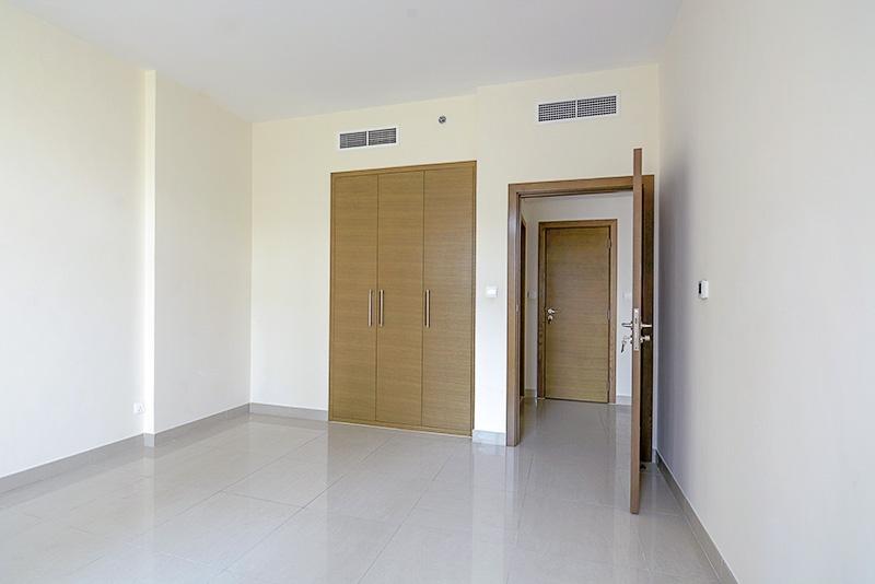 1 Bedroom Apartment For Rent in  Claren 2,  Downtown Dubai   6