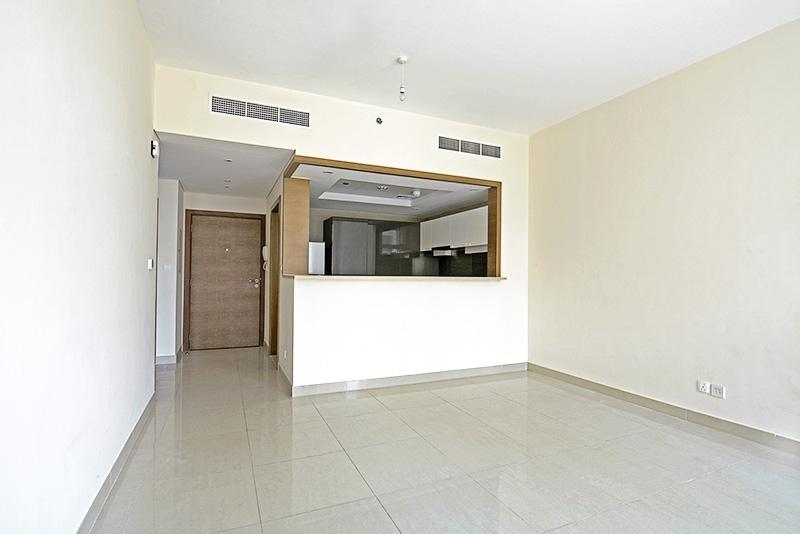 1 Bedroom Apartment For Rent in  Claren 2,  Downtown Dubai   0