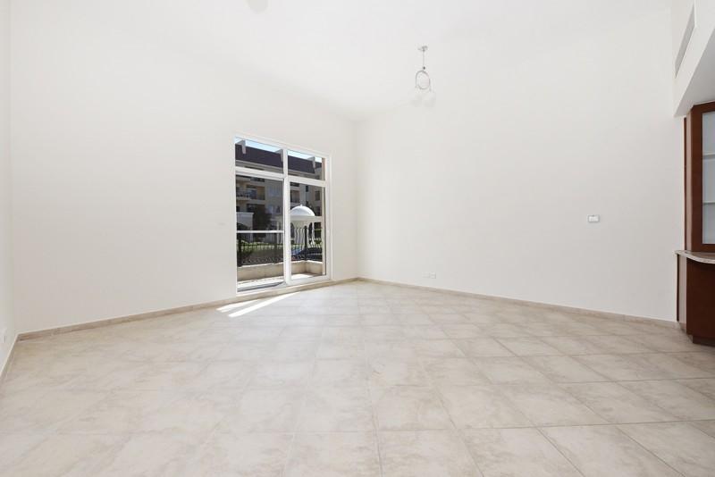 Studio Apartment For Rent in  Weston Court 2,  Motor City | 4