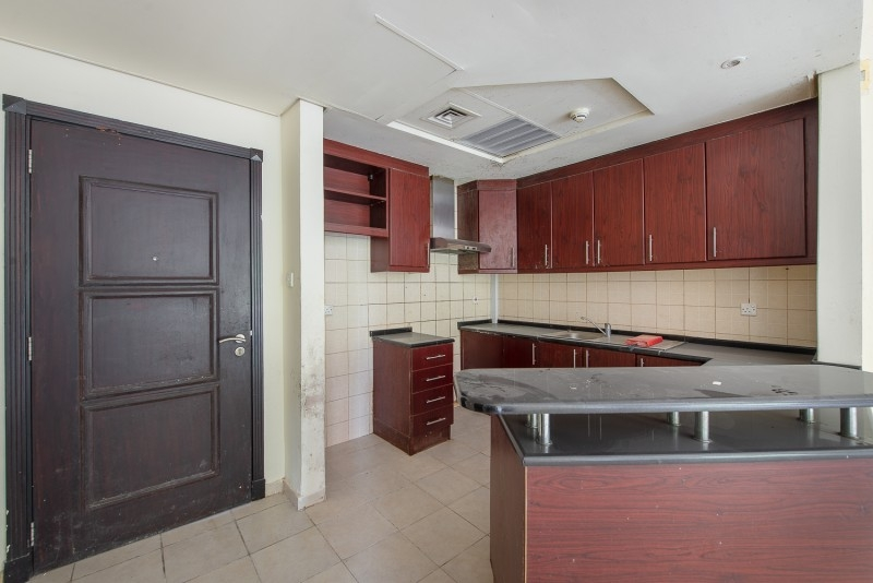 1 Bedroom Apartment For Rent in  Building 38 To Building 107,  Discovery Gardens | 2