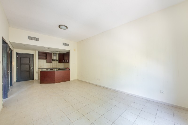 1 Bedroom Apartment For Rent in  Building 38 To Building 107,  Discovery Gardens | 0