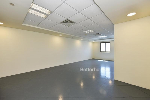 fitted and semi-furnished office for rent in discovery gardens, ibn battuta gate   2