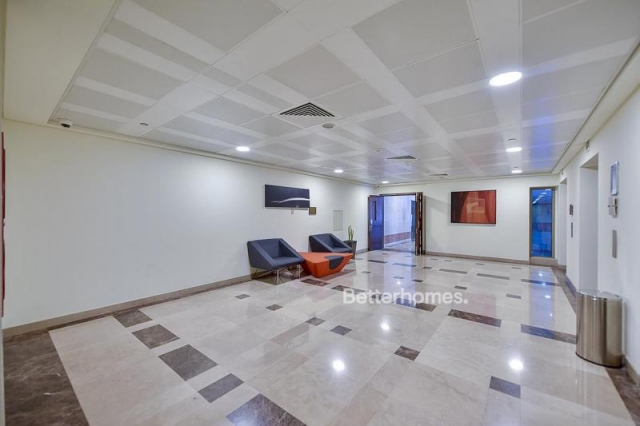 fitted and semi-furnished office for rent in discovery gardens, ibn battuta gate   7