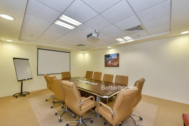 fitted and semi-furnished office for rent in discovery gardens, ibn battuta gate   6