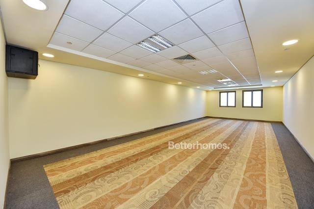 712 sq.ft. Office in Discovery Gardens, Ibn Battuta Gate for AED 64,080