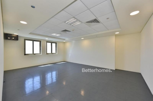 435 sq.ft. Office in Discovery Gardens, Ibn Battuta Gate for AED 39,150