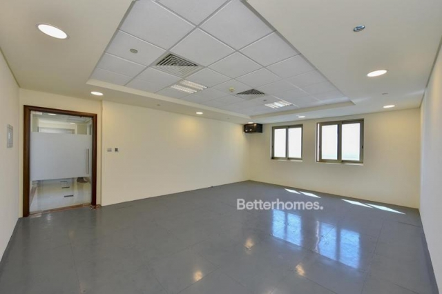 fitted and semi-furnished office for rent in discovery gardens, ibn battuta gate   1