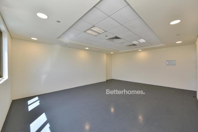 fitted and semi-furnished office for rent in discovery gardens, ibn battuta gate   3