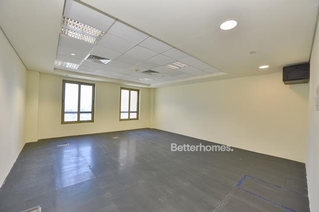 437 sq.ft. Office in Discovery Gardens, Ibn Battuta Gate for AED 39,330