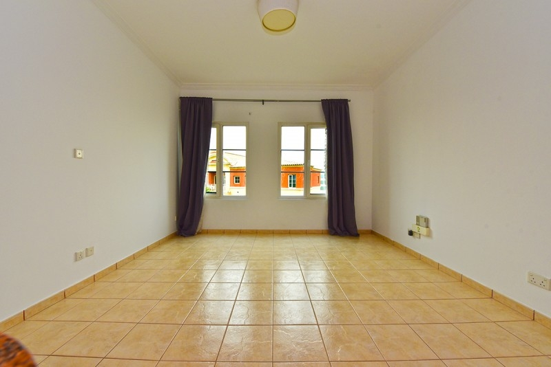 Studio Apartment For Sale in  Building F,  Green Community   2