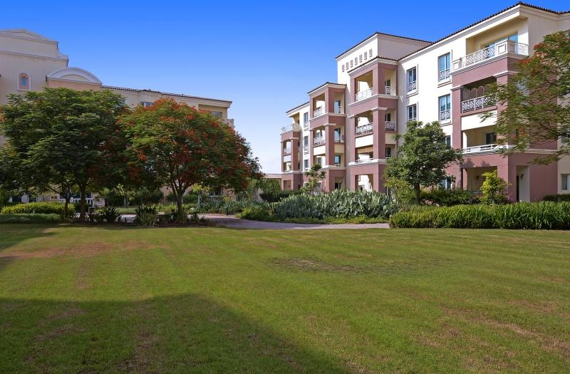 Studio Apartment For Sale in  Building F,  Green Community   15