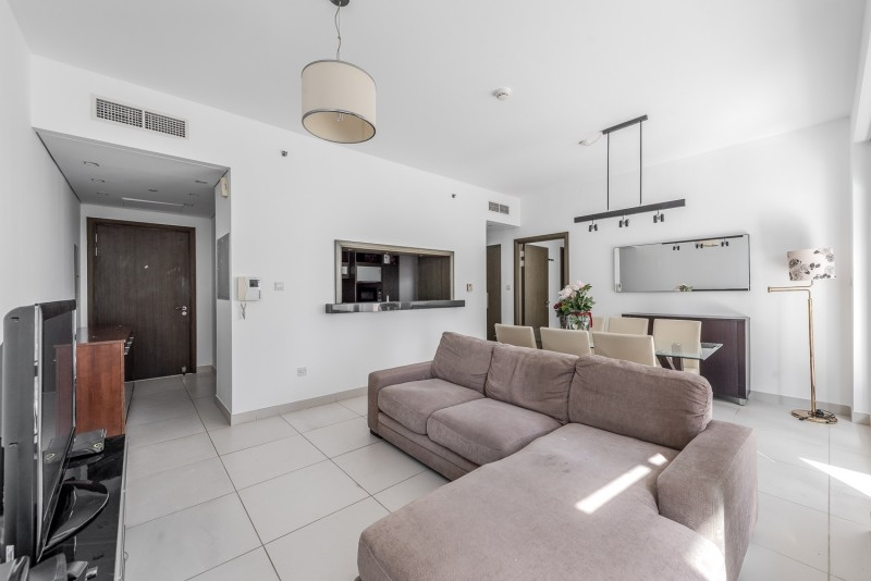 1 Bedroom Apartment For Sale in  Lofts Central,  Downtown Dubai   1