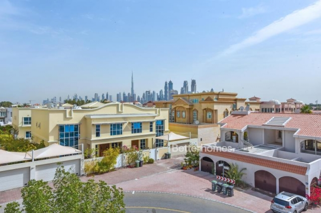 partitioned and furnished commercial villa for sale in jumeirah, jumeirah 3 | 10