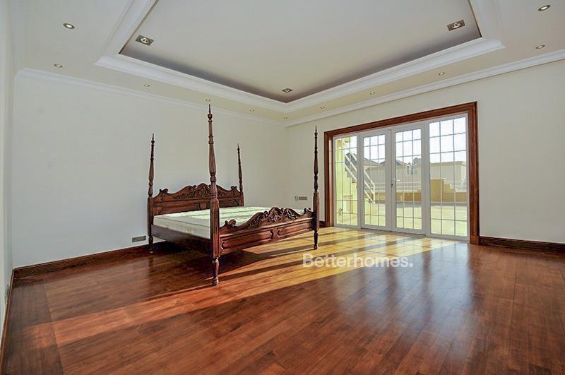 8 Bedroom Villa For Sale in  Umm Suqeim 3,  Umm Suqeim | 9