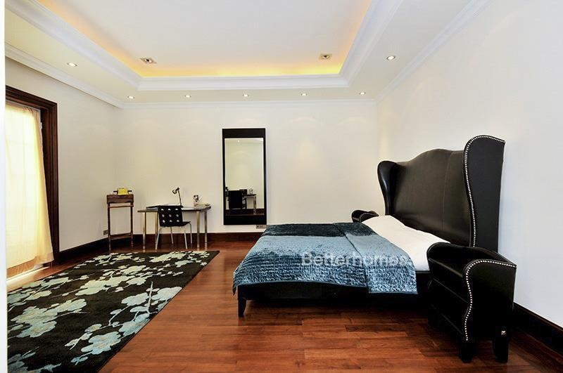8 Bedroom Villa For Sale in  Umm Suqeim 3,  Umm Suqeim | 8