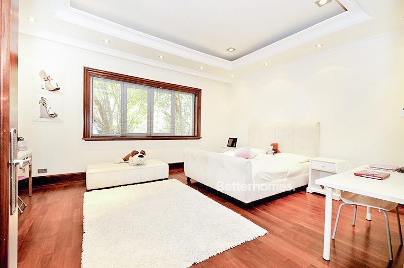 8 Bedroom Villa For Sale in  Umm Suqeim 3,  Umm Suqeim | 10