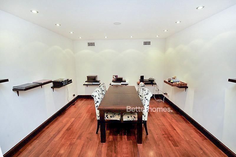 8 Bedroom Villa For Sale in  Umm Suqeim 3,  Umm Suqeim | 17