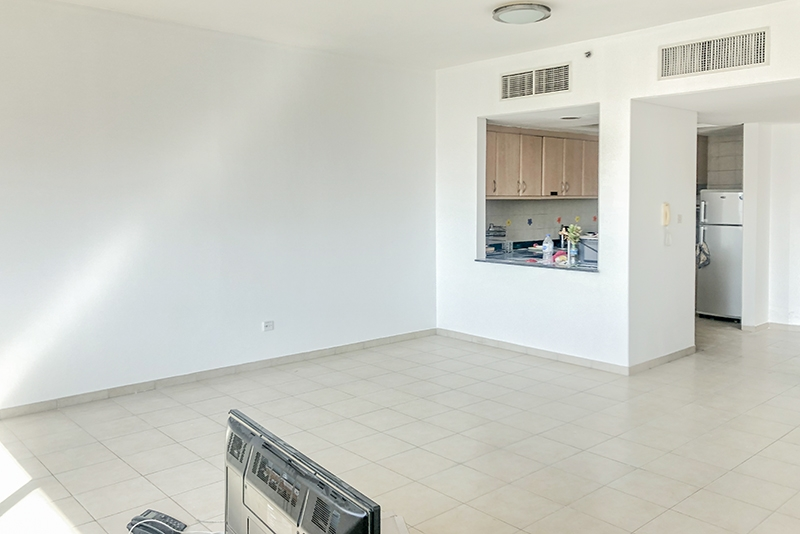 1 Bedroom Apartment For Rent in  Building 1 To Building 37,  Discovery Gardens | 3