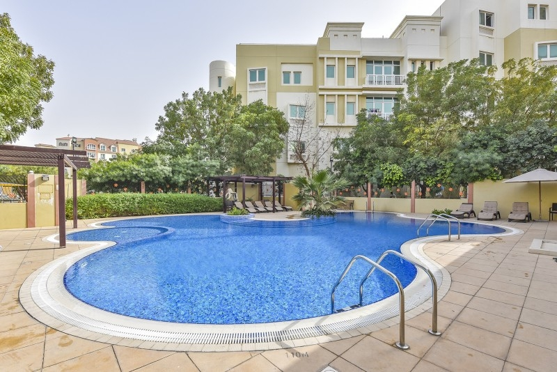1 Bedroom Apartment For Rent in  Building 1 To Building 37,  Discovery Gardens | 4