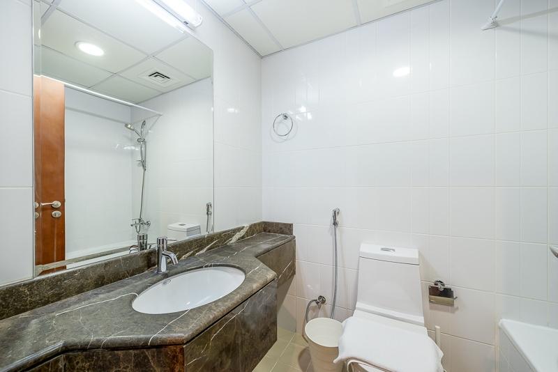 2 Bedroom Apartment For Short Term Rental in  Burj Al Nujoom,  Downtown Dubai   4