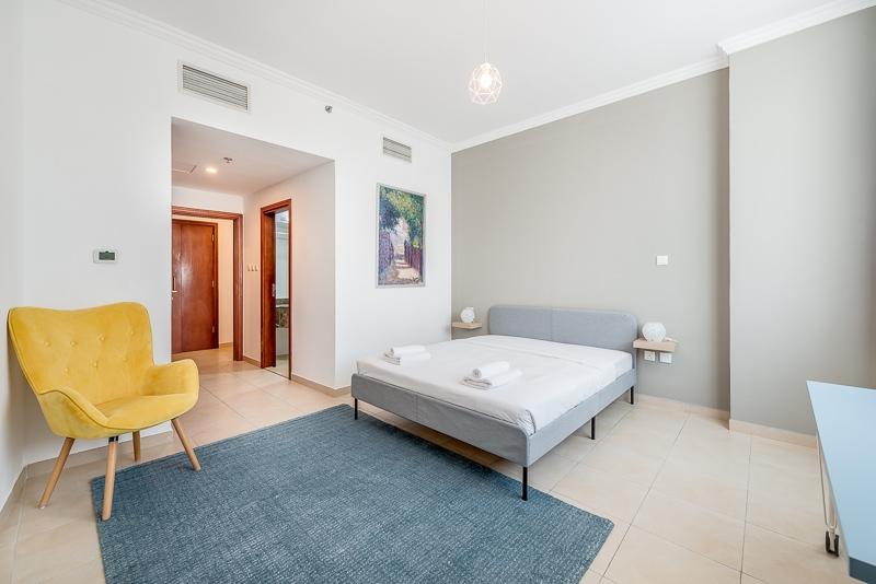 2 Bedroom Apartment For Short Term Rental in  Burj Al Nujoom,  Downtown Dubai   3